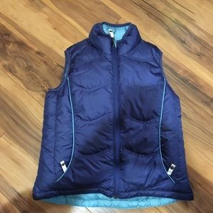 REI girls 10-12 Med reversible puffer vest blue